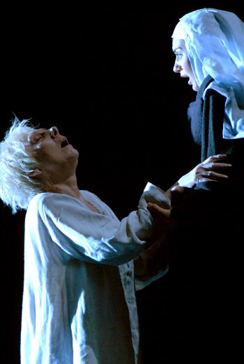Dialogues of the Carmelites - Review of Lyric Opera of