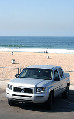 2006 Honda Ridgeline Review / Road Test