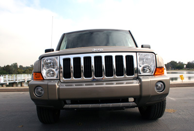 Imposing Front Grille