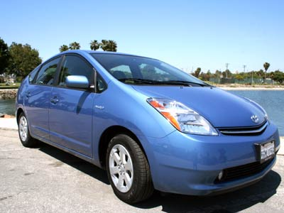 2006 Toyota Prius Review / Road Test