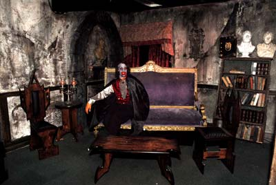 Shipwreck Halloween - The Queen Mary - 15 Days of Horror!   Splash ...