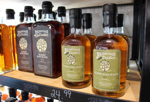Journeyman Distillery Tour and Tasting Review – Craft at its Finest