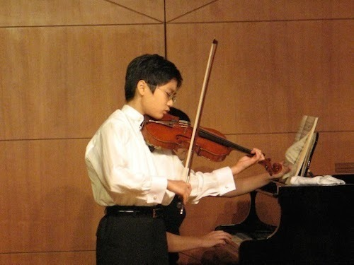 Violinist In Mo Yang at Dame Myra Hess Concert Review – Stunning ...