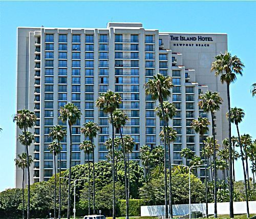 The Island Is A Recently Renovated Five Diamond Luxury Hotel In Newport Beach Directly Across From Fashion Oc S Most Elegant Ping Center