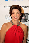 Oscar-nominated Actress Shohreh Aghdashloo Receives 2013 Noor Iranian Film Festival Achievement Award