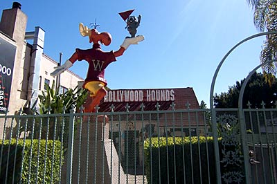 Hollywood Hound Review Doggies Rule On The Sunset Strip