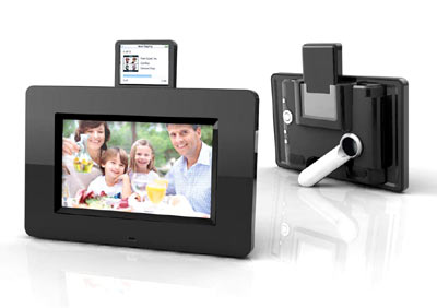 Mustek PF-i700 features a brilliant color 7-inch digital photo frame with an integrated Apple® iPod® docking station