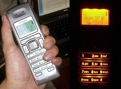 how to place a uniden dect 3135 call on hold