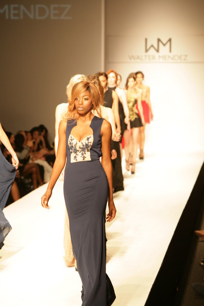 The Roof Is On Fire At Style Fashion Week La Sfwla March 9 13 At La Live Splash Magazines