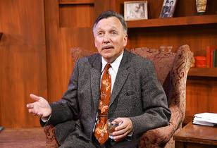 "James Sherman as Ben Hecht Review- ""The Ben Hecht Show"" is a single actor play of uncommon power"