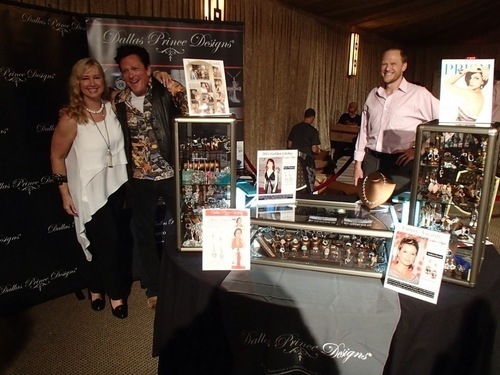 Red Carpet Emmy Style Lounge 2013 Luxury Suite Attracts