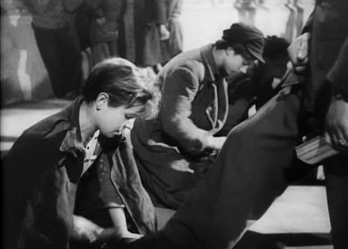 an analysis of fine example of neorealism is 1948 written by cesare zavattini This neo-realist approach can also be seen in the story itself, written by the notable neo-realist theorist and proponent cesare zavattini, which is at base remarkably simple and direct concerned as it is with the minutia of a single unremarkable event in an ordinary person's life.
