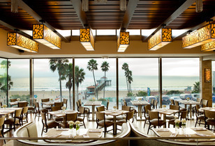 The Strand House Holiday Fireworks Feast by the Pier - Manhattan Beach Fireworks & a Five-course Gourmet Dinner
