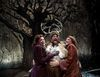 "Chicago Shakespeare's ""Merry Wives of Windsor"" Review – Reimagined in Post WWII- England"