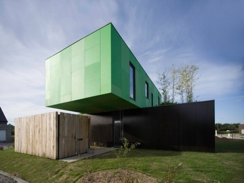 5 hottest things made of shipping containers splash for Maison container rennes