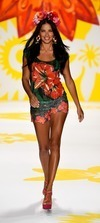 Desigual Spring 2015 Collection Review - A Psychadelic Fashion Frenzy