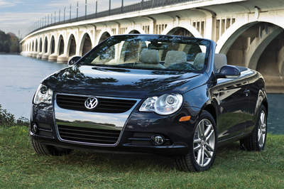 2008 Volkswagen Eos Convertible, perfect for the goddess in your life on Mother's Day
