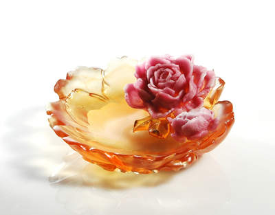 Liuli glass dish: