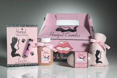 Honeycat Cosmetics Kitty Carrier