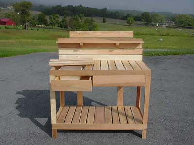 Cedar Potting Bench