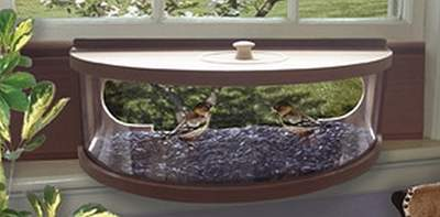Panoramic Cedar In-House Feeder