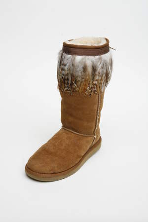 Long Feathers Boot Hug