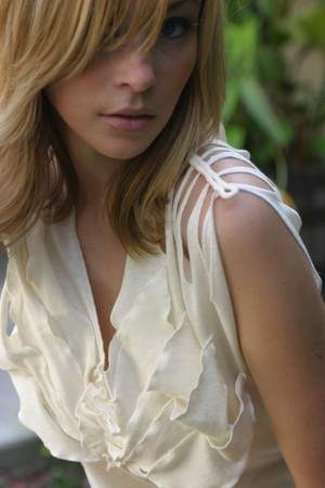 Organic cotton petal blouse
