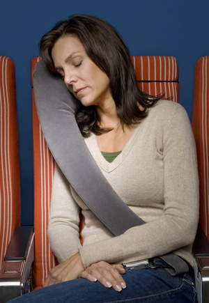 TravelRest pillow nestles against the head, neck and body, offering unparalleled support.