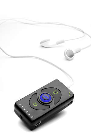 i2i Stream allows users to listen to streamed audio wirelessly with ease