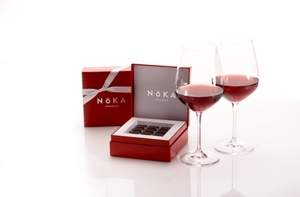 NOKA Chocolate 4-piece Truffles & 2 Riedel Vinum-Extreme Champagne Flutes