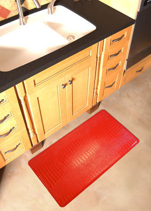 Single Crocodile in Red *Available in the Neiman Marcus catalog and at www.gelpro.com