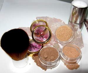 Blush and Bronzers Kit PInk Quartz Minerals