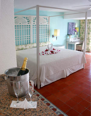 A Junior Suite at Victoria Golf & Beach Resort
