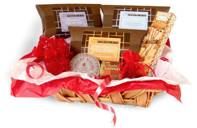 Experience: CHOCOLATE Gift Basket (red/white)