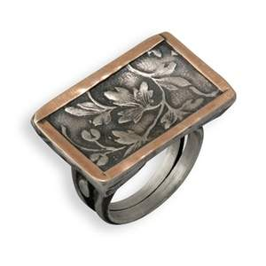 Two-Tone Flat-Head Leaf Ring
