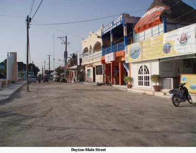 Mainstreet-Holbox village