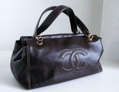 Authentic Chanel Brown calfskin Tote