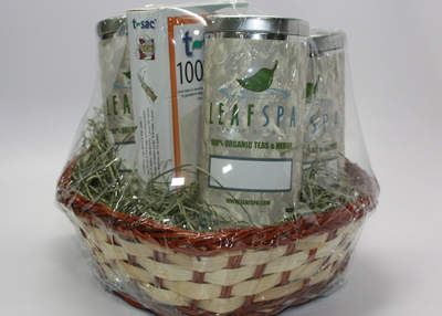 Organic Green Tea Gift Basket