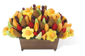 Fruit Festival® with Cinnamon Chocolate Apple Wedges