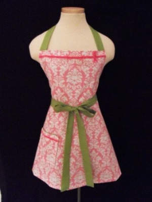 Lovely Lupe Apron by Domestic Doll