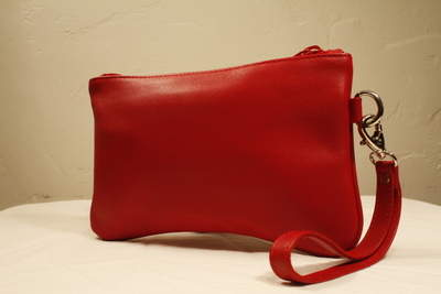 Shelya Clutch - Red