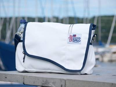Sailcloth MessengerBag by SailorBags