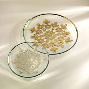 Annieglass's 2009 Snowflake Holiday Plate and Platter