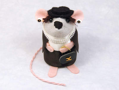 Coco Chanel-O-Mouse