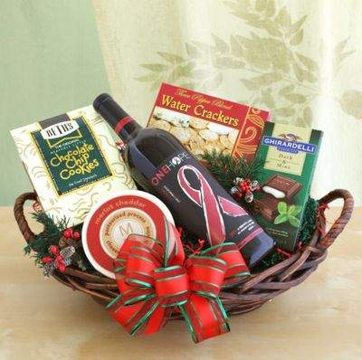 Gourmet Giving Gift Basket