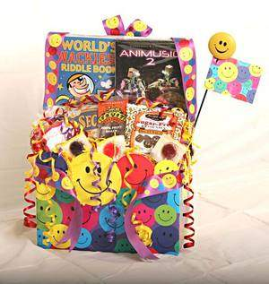 """SMILES ACROSS THE MILES"" BASKET (CHILD DELUXE)"