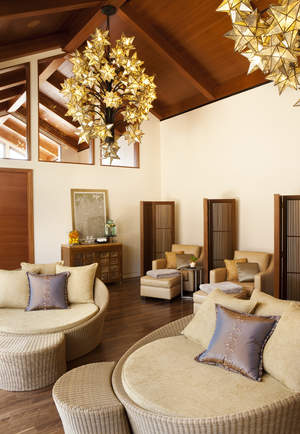 Coed Relaxation Room at Rosewood Sand Hill's Sense Spa
