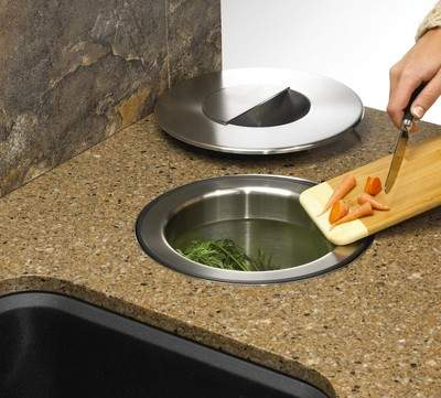Blanco's SOLON Countertop Composting System