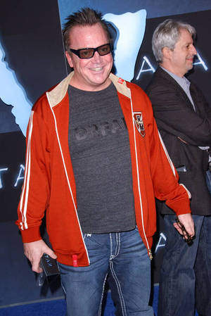 Tom Arnold Wears DREAM Project360 Tee at LA Premiere of Avatar
