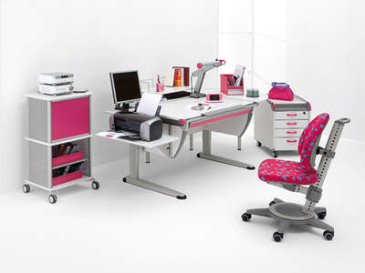 Ergonomic Desk & Chair for Children